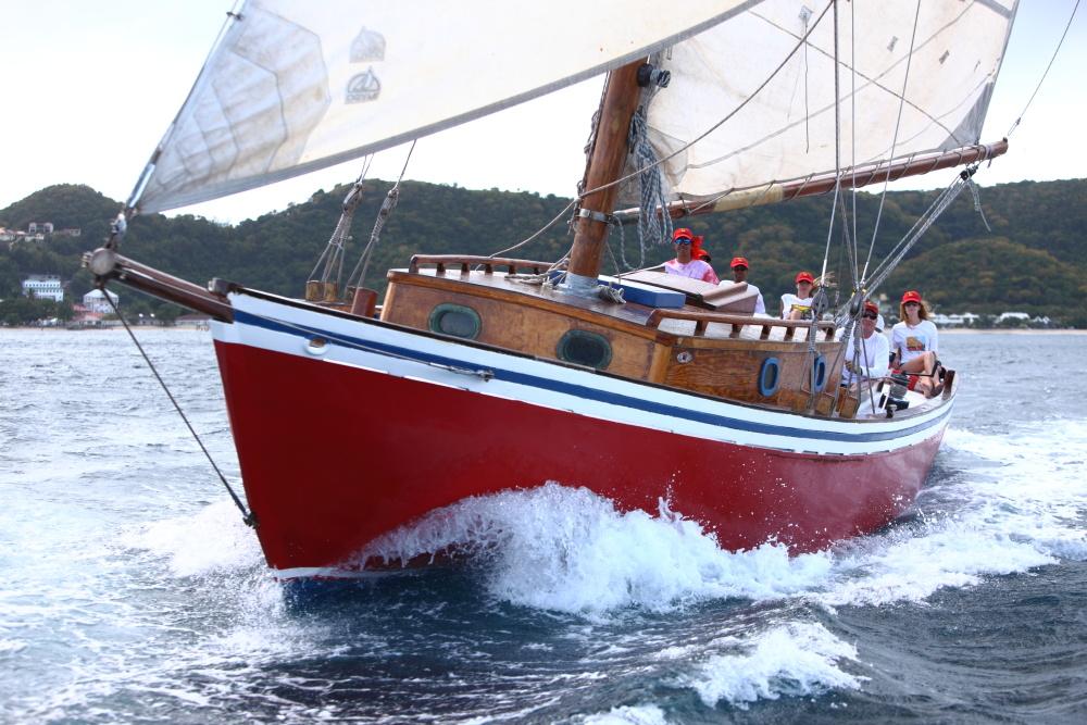 grenada sailing week carriacou sloops savvy